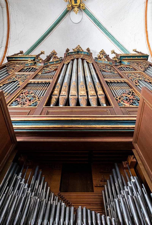 das-immo-buero-blogbeitrag-kirche-virtuell-erlebbar-orgel-aussen-2
